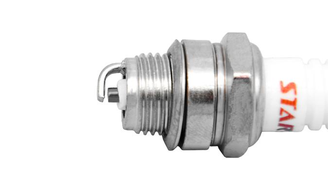 Свеча зажигания (2T) для триммера бензинового 1E40F-5/1E44F-5 Start Pro 4211